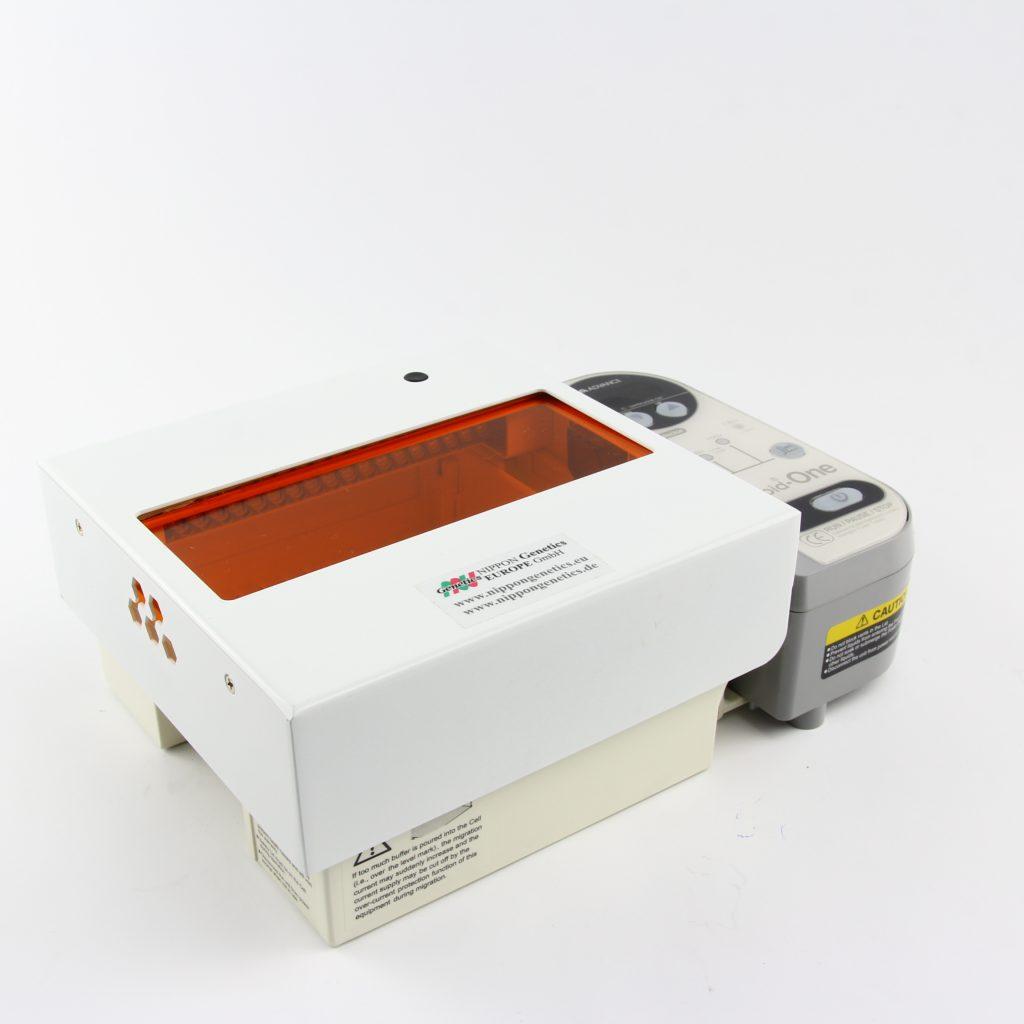 Gel electrophoresis system with LED illuminator